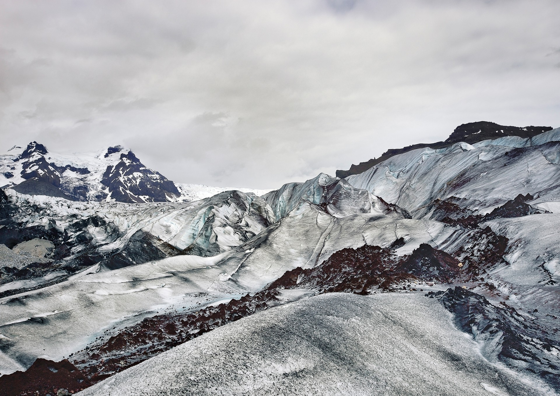 MIKA MIKA PHOTOGRAPHY TRAVEL – On the Glacier